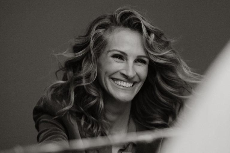 julia roberts, xavier dolan imzalı chopard reklamında neşe saçıyor