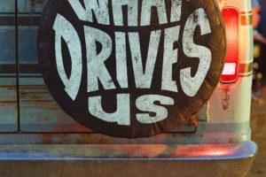 dave grohl'un bütün rock dünyasını bir minibüse tıkıştırdığı belgeselden fragman