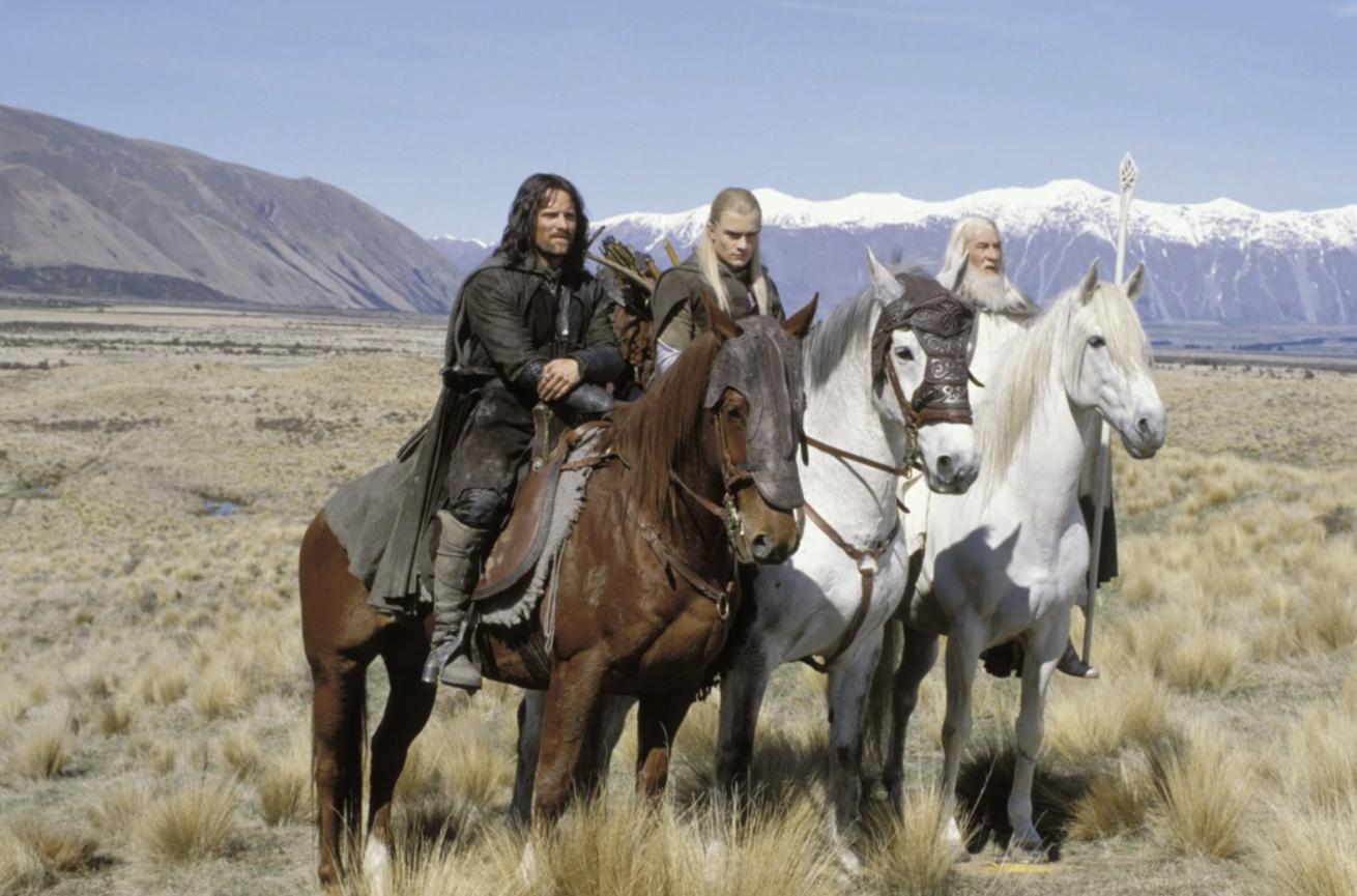 """amazon, """"the lord of the rings"""" dizisinin ilk sezonu için 465 milyon dolar harcamış"""