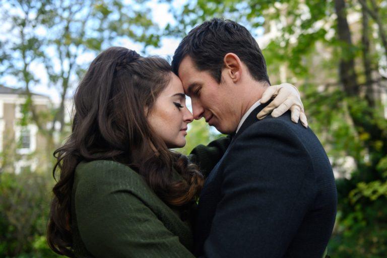 shailene woodley & felicity jones'u buluşturan netflix yapımı dramadan fragman