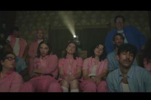 muna, phoebe bridgers'lı yeni teklisini müzik videosu ile beraber yayınladı